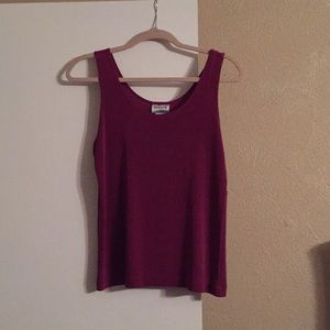 Nice top color burgundy